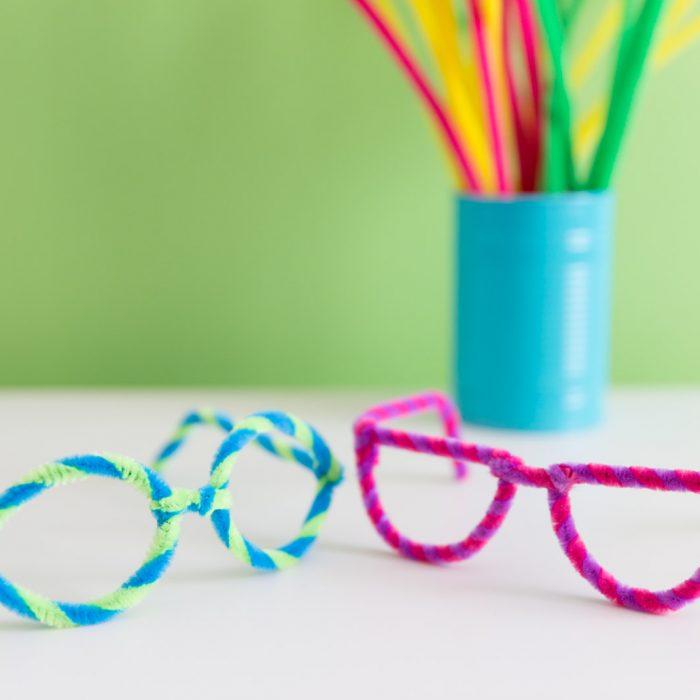 Gafas divertidas con limpiapipas