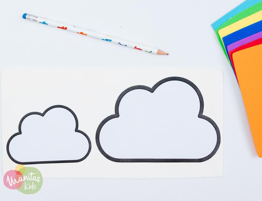 cortamos todas las nubes y nos preparamos para trabajar con la goma eva de colores